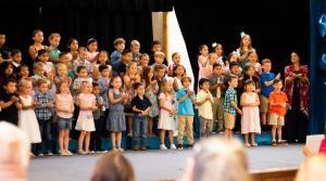 Kinder graduation 4