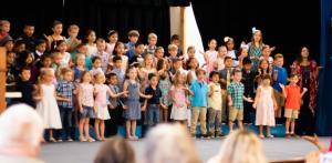Kinder graduation 5